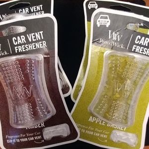 🆕LISTING! Bundle of 4 Car Vent Fresheners🚗